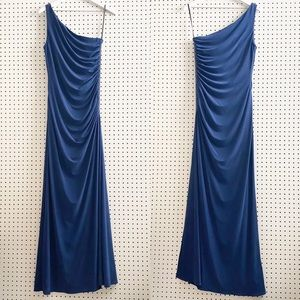 Laundry by Shelli Segal | One-Shoulder Gown